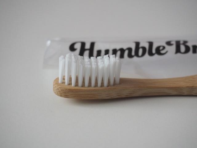 bambusový kartáček na zuby Humble Brush