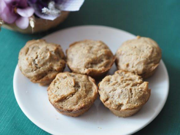 Bezlepkové muffiny s meruňkami a vlašskými ořechy